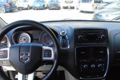 2016-Dodge-Grand-Caravan8