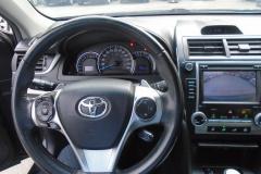 2014-Toyota-Camry-SE7