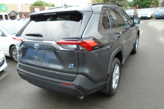 2019-Toyota-RAV4-AWD-LE2
