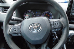 2019-Toyota-RAV4-AWD-LE5
